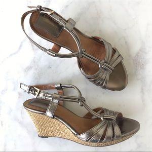Clarks Metallic Wedge Strappy Sandals 8